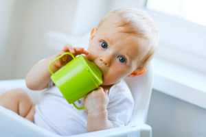 Best Sippy Cup for Baby Who Refuses Bottle